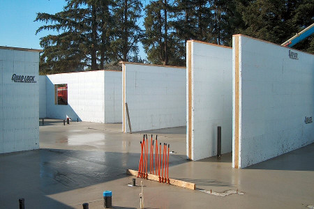 Building with insulated concrete forms for Icf houses pros and cons