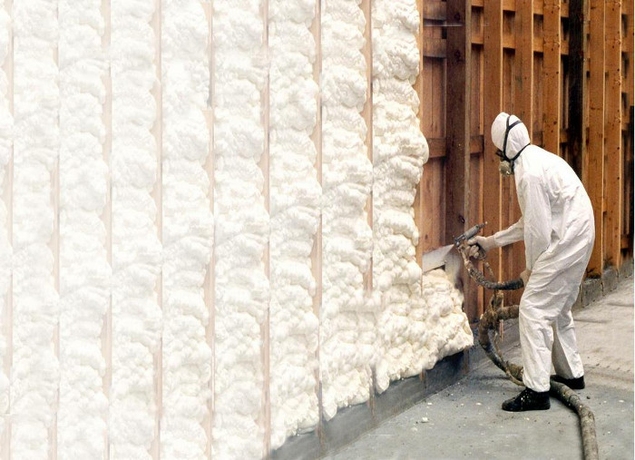 Spray insulation foam